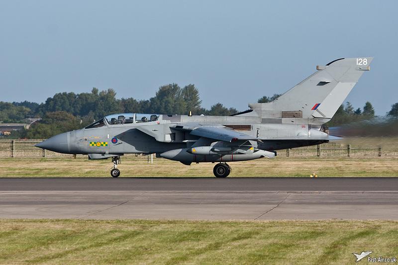 Tornado GR4 ZG750 departing as Lossie 40